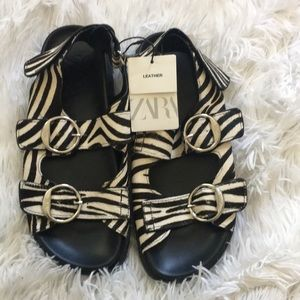 Zara Animal print leather Sandals with buckles 37